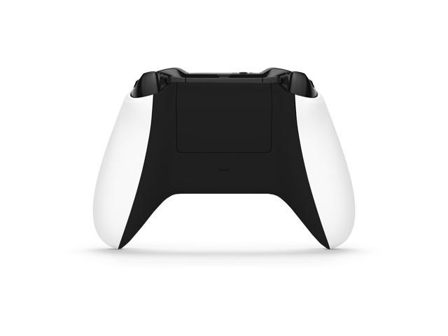 Refurbished: Microsoft Wireless Controller Xbox One, One S & Windows 10 with 3.5mm Jack White