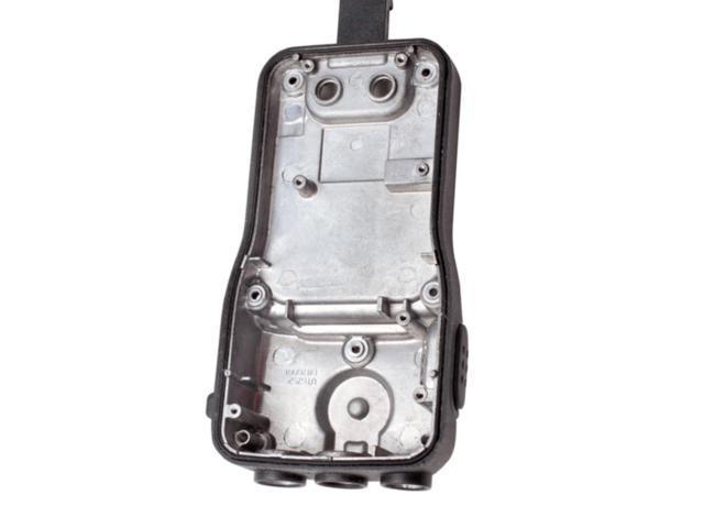 Refurbished: West Marine VHF85 Handheld VHF Two-way Radio Waterproof
