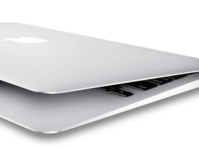 "Refurbished: Apple MacBook Air 11.6"" Laptop - 4th Gen Intel Core i5-4250U 1.30GHz, 4GB Ram, 128GB SSD, MacOS Mojave v10.14 - A1465 MD711LL/A - B Grade"