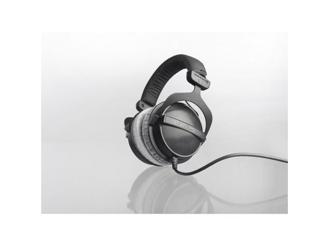Beyerdynamic Dt 770 Pro 250 Ohm Studio Over Ear Headphones
