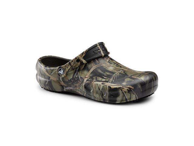 aece4015e51a Crocs SureGrip Bistro Clogs - Slip Resistant Work Shoes - Realtree Camo  Chef Kitchen Shoes for